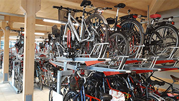 1,200 bicycles can be parked in the garage.